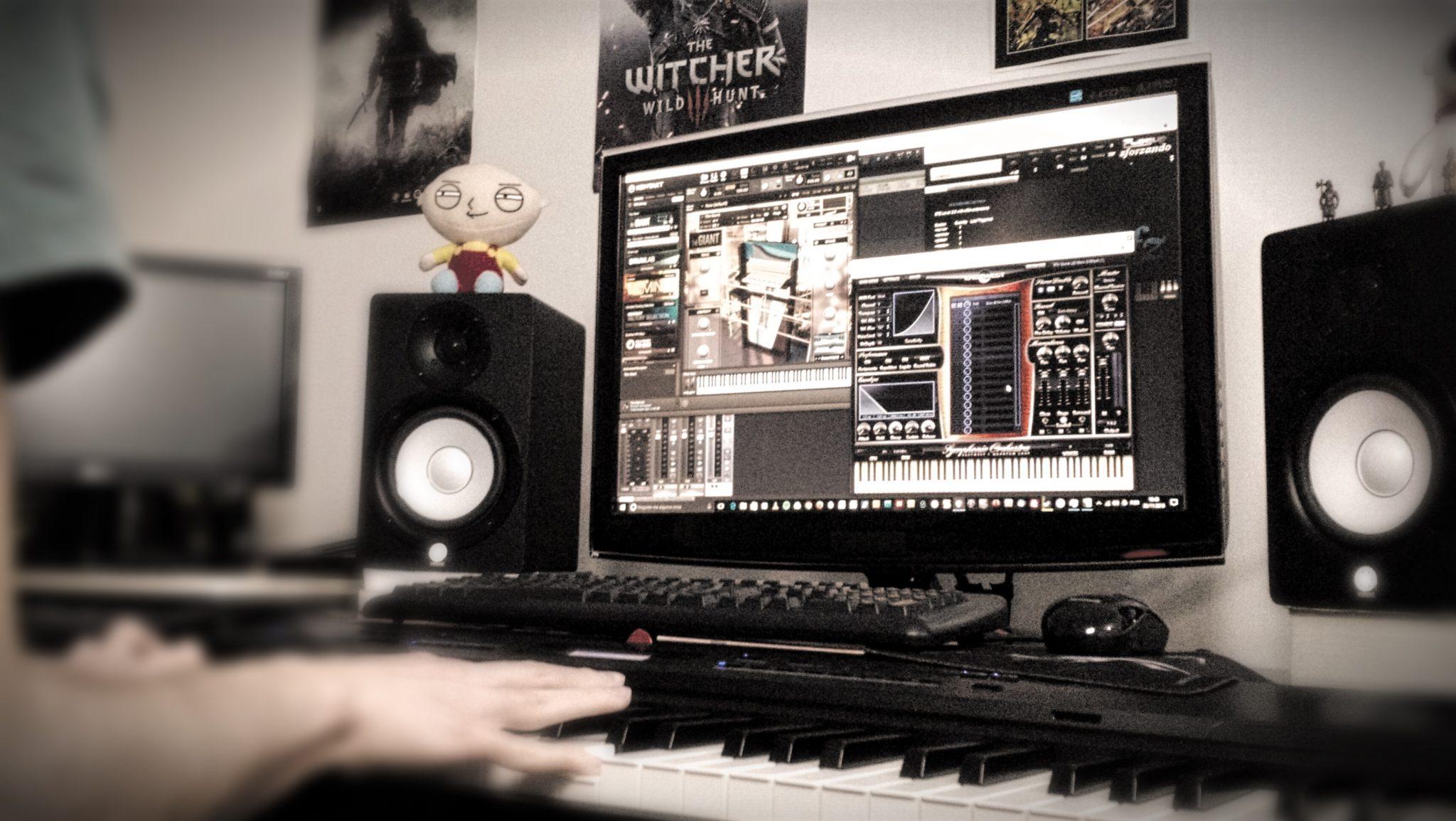 Criando música com samplers. Foto: Julia Tinoco